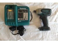MAKITA 18 VOLT CORDLESS IMPACT DRIVER AND CHARGER FOR SALE , VERY GOOD