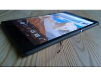 Sony xperia z3 on vodafone boxed not a mark on screen excellent
