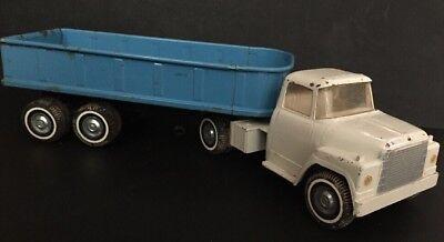 ERTL IH Loadstar Truck & Dump Bed Trailer 1600 Hydraulic Blue White
