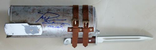 MICHAEL ROOKER SIGNED THE WALKING DEAD MERLE KNIFE HAND REPLICA PROP +JSA COA