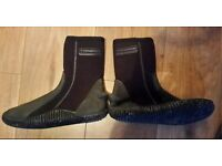 Mens Typhoon Wetsuit scuba diving boots size s