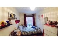 Lovely double in Hackney sharing with three females, £675 pcm, available 7th March