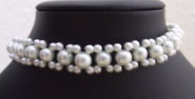 Choker Necklace in White Glass Pearls with Extension Chain (Beads 4 & 8 mm)
