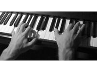 Learn to play the piano at home (Piano Lessons)