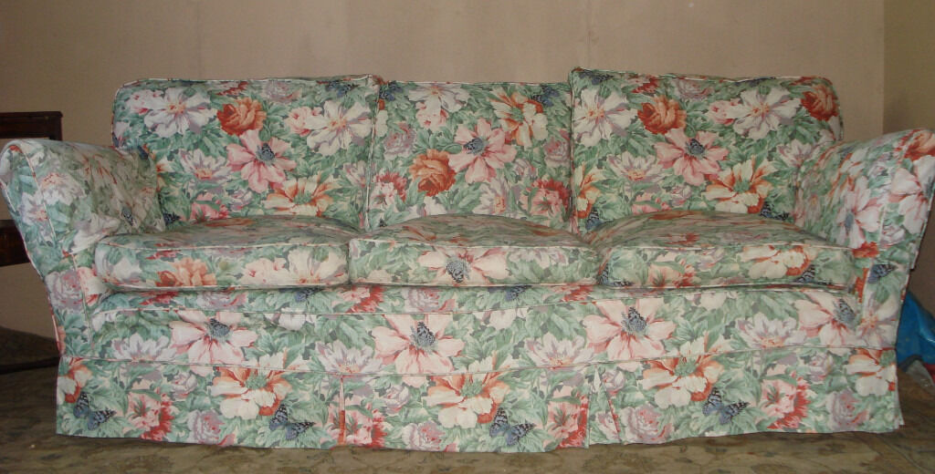 Quality comfortable sanderson type floral fabric 3 seater for Chintz couch