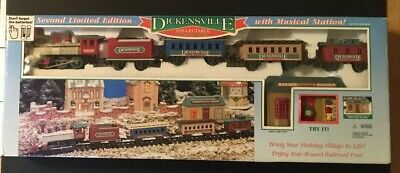 NEW BRIGHT TRAIN SET DICKENSVILLE STATION WITH SOUND CHRISTMAS Complete Working