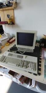 IBM 3476 GREEN TWINAX TERMINAL  AS400 ISERIES  W 102 KEYB