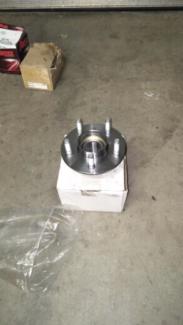 Wheel hubs au ford