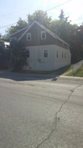 house for rent, downtown napanee