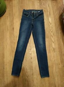 High waisted Levi's Jeans W24 L32 - perfect condition
