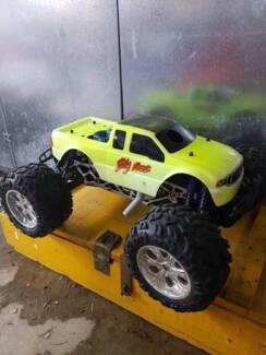 HPI Savage RC Nitro Monster Truck