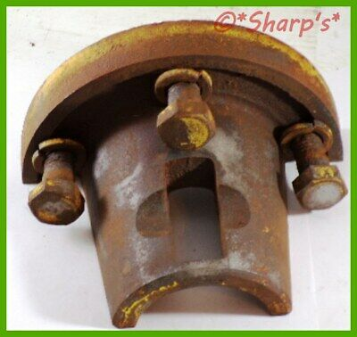 B3016r John Deere 50 520 530 Rear Wheel Sleeve Wedge With Bolts Genuine