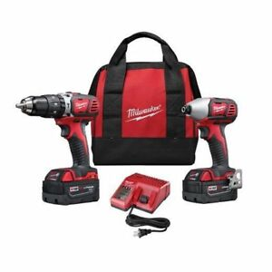 Milwaukee Tool M18 18V Lithium-Ion Cordless Hammer Drill Set