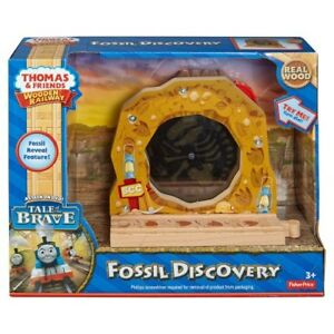 Thomas & Friends Wooden Railway Fossil Discovery