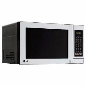 LG Countertop Microwave LCS0712ST