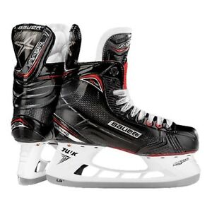 Brand new size 5 Bauer Vapor X700 Gen II Junior Hockey Skates