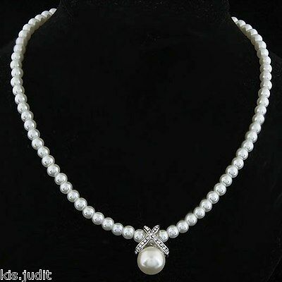 Bellissima collana a girocollo di perle e strass bianche  - Argento