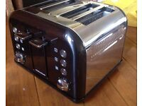 Morphy 4 slice toaster new