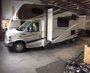 2019 barely USED CLASS C COACHMAN LEPRECHAUN 260DS why buy new??