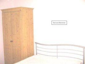 Double Room in Gossops Green, Crawley