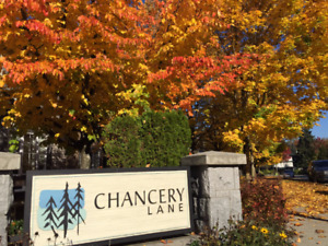 Bright Spacious corner unit townhome in Crest, Burnaby