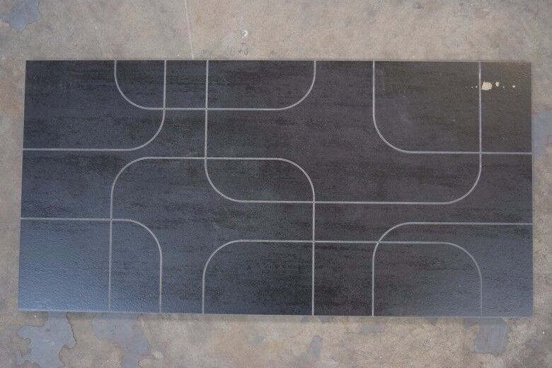 600x300mm Black Porcelain Wall Tiles RRP £20/0.75m2 now only £7/0.75m2 Brand new