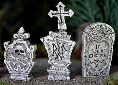Miniature Garden  Grave Stones Tombstone set of 3 on a pick  Fairy Faerie 16490
