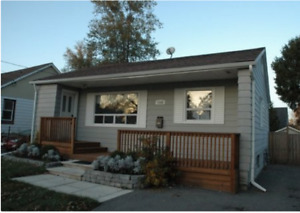 Upper Level of a beautiful home for rent in Lakeshore,Cawthra!!