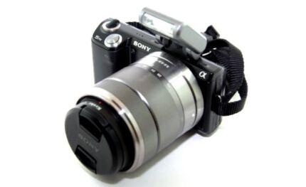 Sony Alpha Nex-5n Digital Camera With 18-55mm Lens