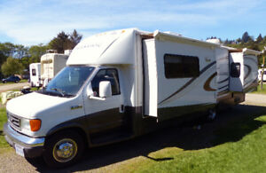 Special! Immaculate 2008 Jayco Melbourne Class C with 3 slides