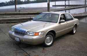 Wanted: Mercury Grand Marquis/Ford Crown Victoria