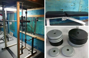 Smith Machine with Lat Tower Flat Bench Weights power rack