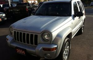 2004 Jeep Liberty Limited SUV, Crossover 2 yrs war