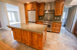 $3650 (ORCA_REF#5480G)***RENOVATED DREAM HOME- EAGLE HARBOUR*** North Shore Greater Vancouver Area image 2