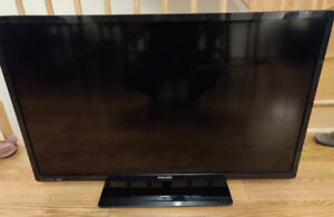"""Philips 42"""" TV Full HD with Netflix and Wifi"""