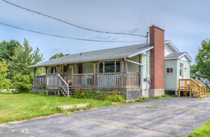Four Bedroom Bungalow in Oromocto West