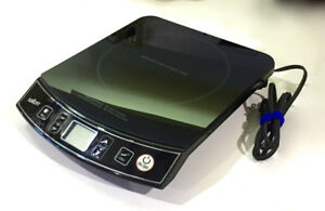 Salton 1057 Induction Cooker - 1400W