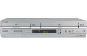 SONY SLV-D550P DVD Player/Video Cassette Recorder