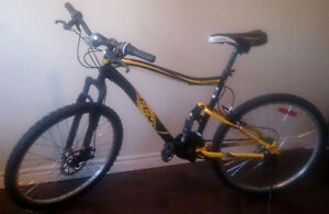 Perfect Condition CCM Mountain bike for sale + Free chain Lock!!