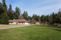 Sprawling Rancher with Workshop on 5 Acres - 495 Evergreen Way