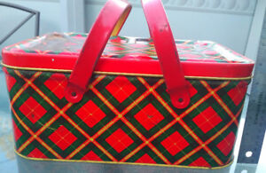 1940's Litho Tin Picnic Basket Metal Handles Red Green Plaid GSW