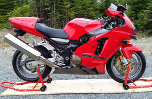 ZX12R Ninja LIKE NEW- Credit card or Debit card payment accepted