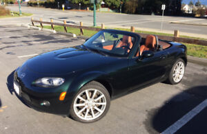 2007 Mazda MX-5 GT Automatic with Low Kms