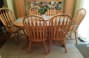 Oak kitchen dining table and chairs set