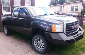2010 GMC Sierra 2500HD, Ext. Cab 4X4, lots of additions