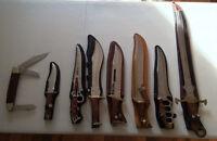Lot de huit couteaux décoratifs