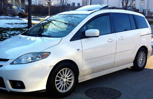 2007  Mazda5 GT Wagon with Sunroof and power options