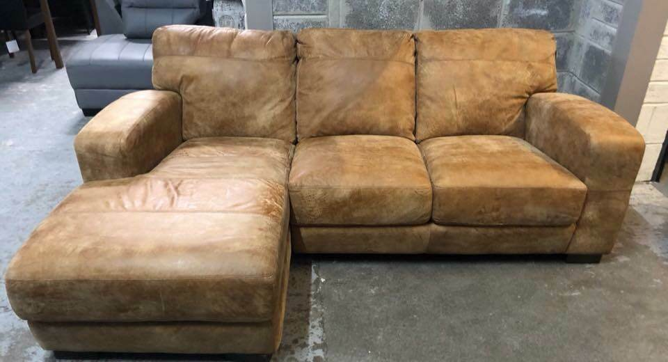 Amazing Dfs Caesar Outback Ranch Leather Chaise Sofa In Pontardawe Swansea Gumtree Camellatalisay Diy Chair Ideas Camellatalisaycom