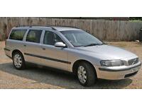 X reg. Volvo estate 2.3 petrol mint condition clutch gone