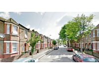 2 Bedroom terraced house for sale in West ham, 5 min away from the station.